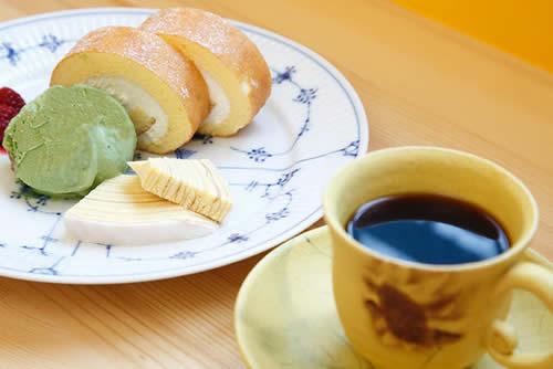 吉野寛ギャラリー・レンタルギャラリー「OASIS(オアシス)」CAFE